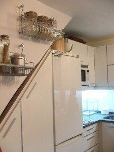 foto-mueble-cocina-bajo-escalera