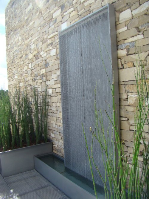 foto-cascada-en-estilo-pilar-feng-shui