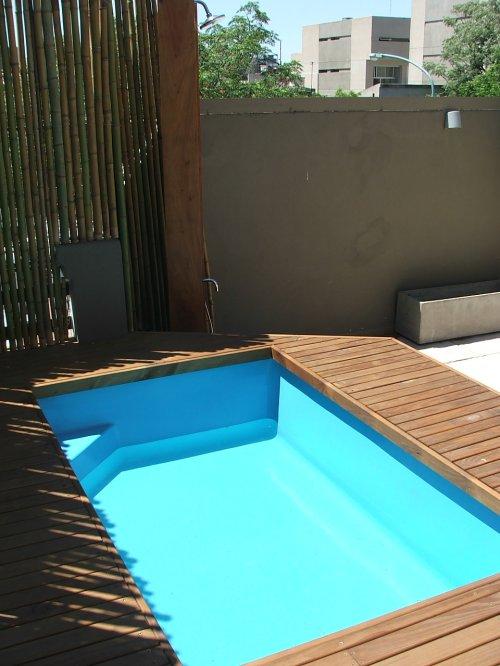 Dise os de piletas de nataci n decocasa for Piletas en espacios reducidos