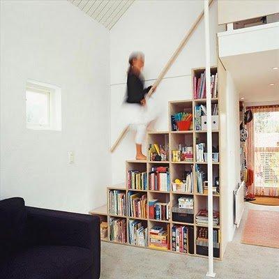 Aprovechar el espacio escaleras bibliotecas decocasa for Bibliotecas debajo de escaleras