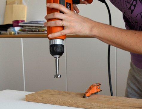 Manualidades hacer un perchero con trofeos decocasa - Manualidades de madera paso a paso ...