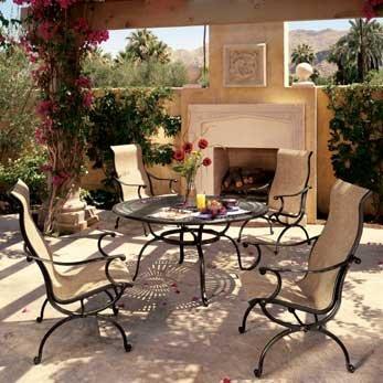 Mobiliario exterior para una buena elecci n decocasa for Muebles para balcon exterior pequeno