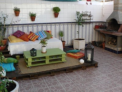 Espacio chill out con palets decocasa - Espacios chill out ...
