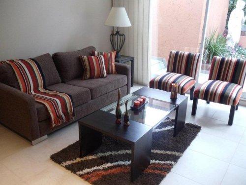 Tendencias en almohadones para este invierno decocasa - Almohadones para decorar sillones ...