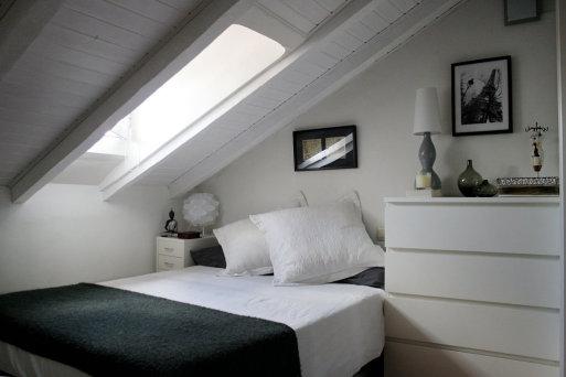 Techos abuhardillados decocasa - Ideas para pintar una habitacion pequena ...