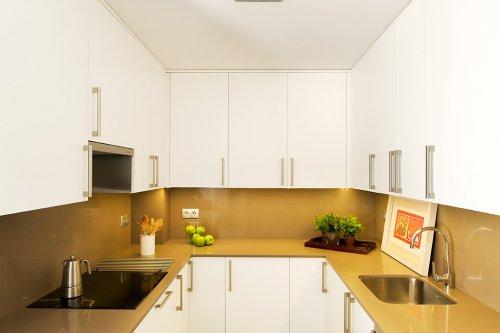 Tips para decorar una cocina peque a decocasa - Cocina pequena en l ...
