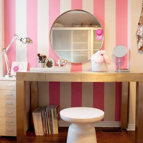 Diez tocadores llenos de estilo para tu habitaci n la - Hacer tocador para nina ...