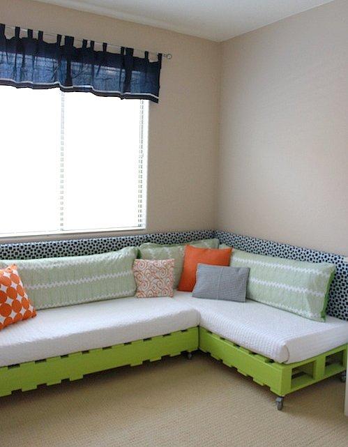 Ecodise̱o: Muebles hechos con palets РDecocasa