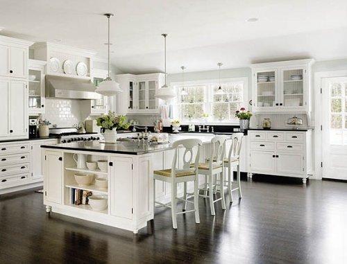 Cocinas blancas y rústicas – Decocasa
