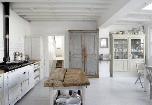 Cocinas blancas y r sticas decocasa - Cocinas rusticas en blanco ...