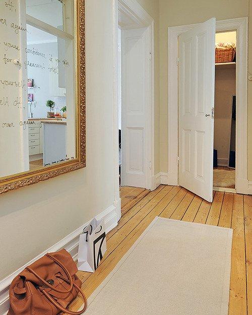 Tips para decorar con espejos decocasa - Espejos para pasillos ...