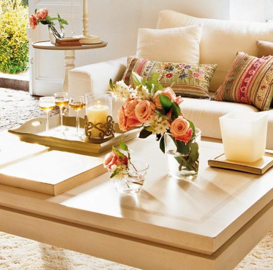 Living mesas de centro para todos los gustos decocasa for Mesas de living