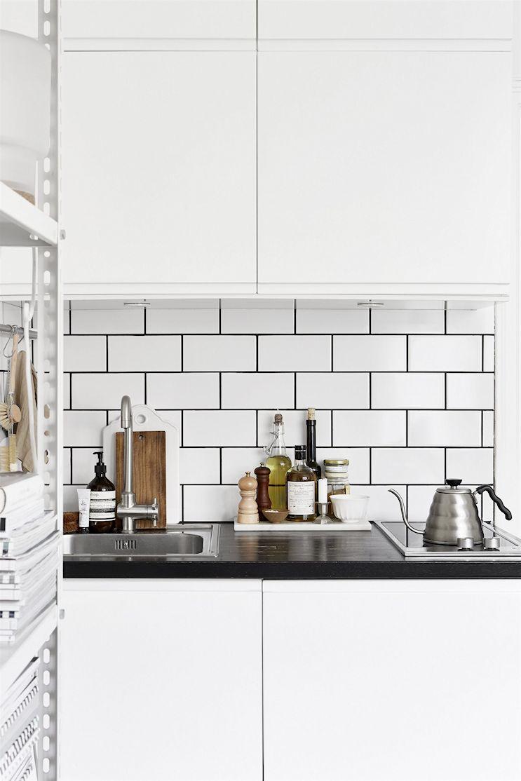 Decotour un monoambiente s per peque o decocasa for Cocinas super pequenas